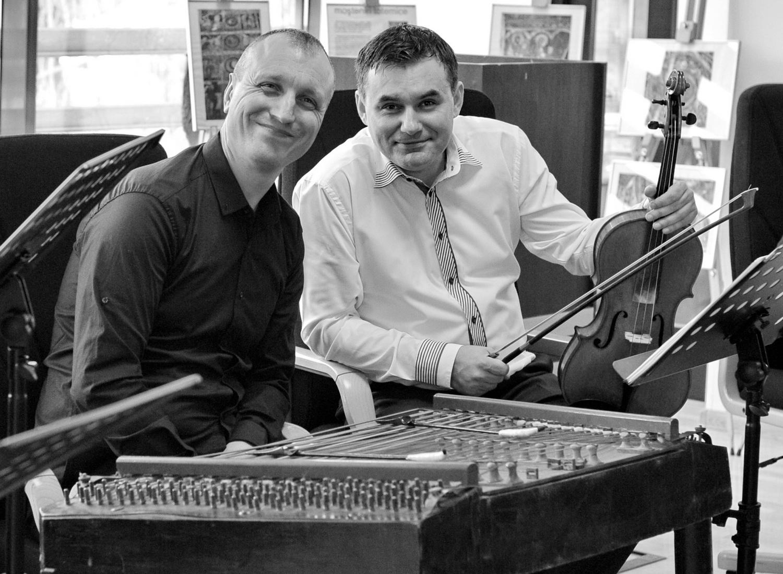 Muzicienii muzicieni Petru Oloieru şi Răzvan Mitoceanu