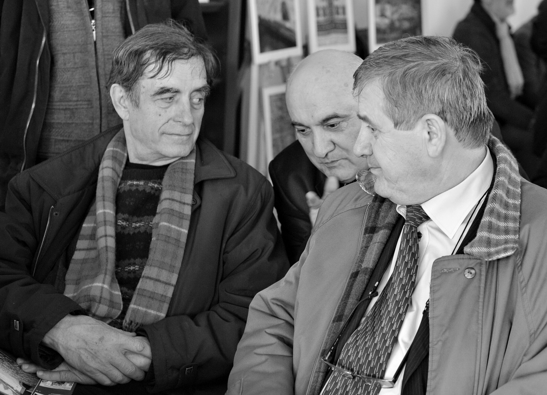 Oficialii: Mihai Grozavu şi Viorel Varvaroi